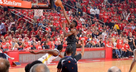 Game 5 : les Rockets l'emportent dans le money time 98-94